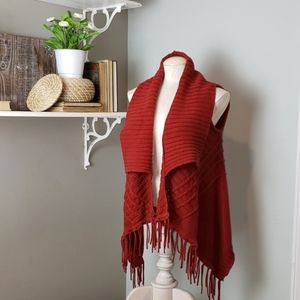 August Silk fringe sweater vest rust red small